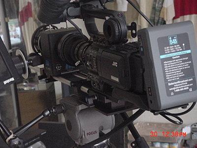 Connecting Marshall monitor to camera-jvc-hd100-redrock-5.jpg
