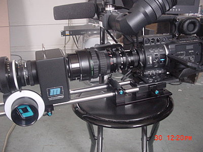 Connecting Marshall monitor to camera-jvc-hd100-redrock-2.jpg