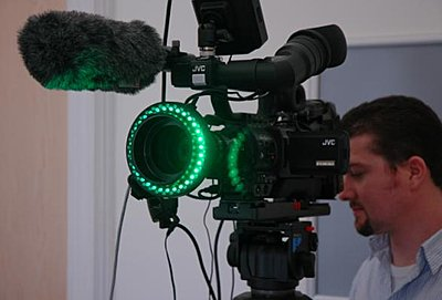 Green Screen Advice-light-ring01.jpg