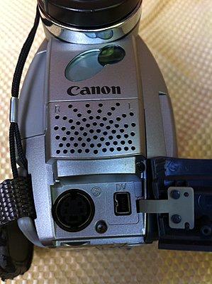 Pixellated MiniDV Tapes-01e2a8a726d26c01d0ef811debaa24cfa37c59d151.jpg