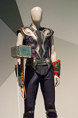 Marvell cinematic universe prop photos-dsc06666.jpg