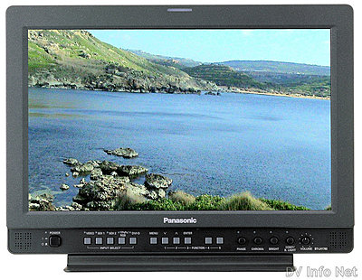 Panasonic AVCHD camcorders announced; plus AVC Intra (pre-NAB2008)-pnab08lh1760.jpg