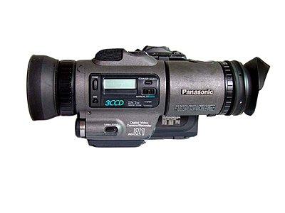 Panasonic AG EZ1-agez1b.jpg