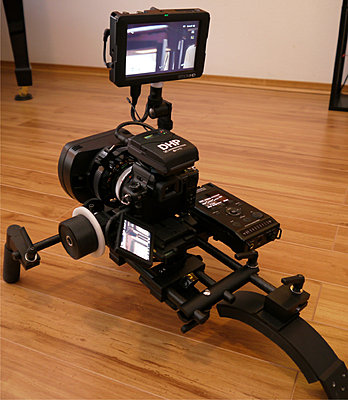 """Sexiest"" (and practical) GH2 rig with SmallHD DP6!!-gh2_rig2.jpg"