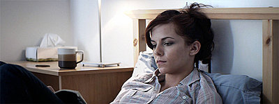 GH1 Feature film grabs (Anamorphic, 40Mbps hack)-jen_reading.jpg