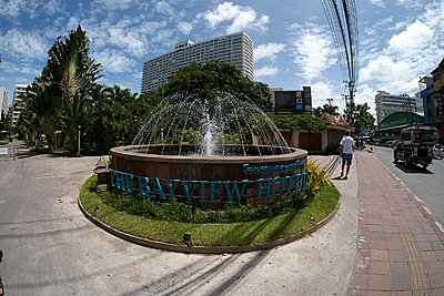 Panasonic, PLEASE give us a faster wide!! 7mm @ 4.0 isn't going to cut it!!!-pattaya-gx4063.jpg