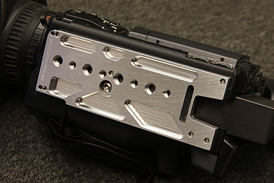 New CNC machined aluminum base plate for the HVX200 and HPX170-hmc150_mounted2.jpg