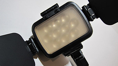 Comer On-Camera LED Lights-cm1800-7.jpg