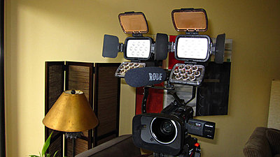 Comer On-Camera LED Lights-comer1.jpg