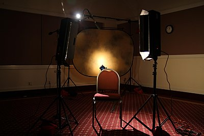 to light talking head in small space-softbox vs fresnel-img_0654.jpg