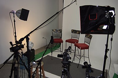 Shooting with Compact Fluorescent Lights (CFLs).-interview3.jpg