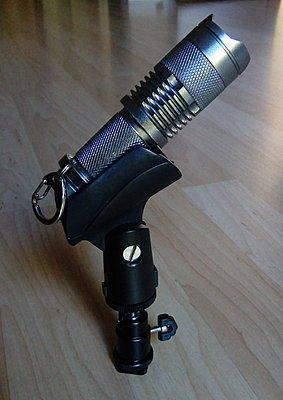 Mount flashlight to hot shoe?-flashlight-mount.jpg