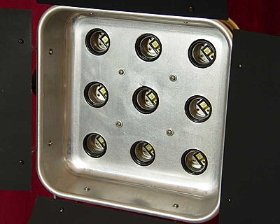 D.I.Y. 900-watt CF Lighting Units-assy.jpg