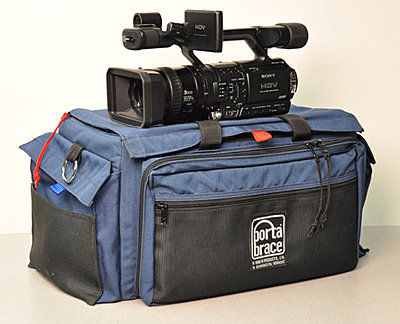 Private Classifieds listings from 2010-camera-bag.jpg