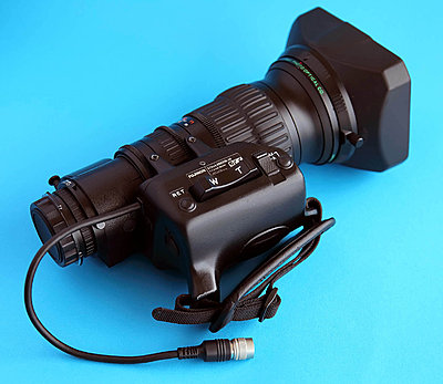 Private Classifieds listings from 2010-fujinon-001.jpg