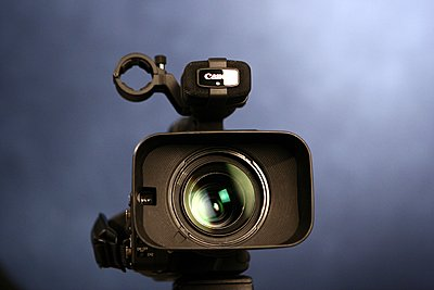 Private Classifieds listings from 2010-canon-xha1-lens.jpg