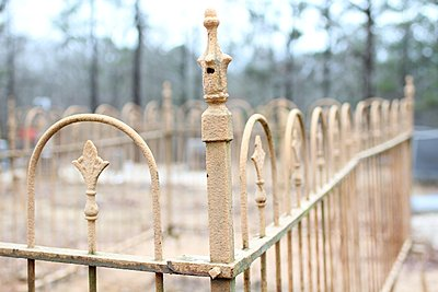 Private Classifieds listings from 2012-28-70-fence.jpg
