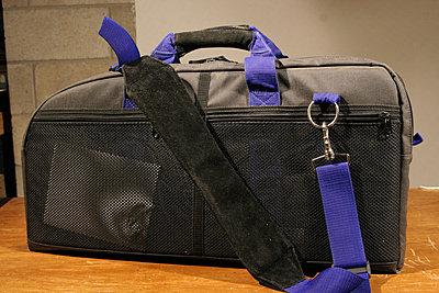 Private Classifieds listings from 2013-cam-made-camera-bag-02.jpg