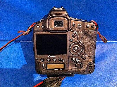 Private Classifieds listings from 2013-canon-1dx-back-693.jpg