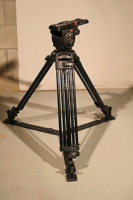 Private Classifieds listings from 2013-manfrotto-516-tripod.jpg