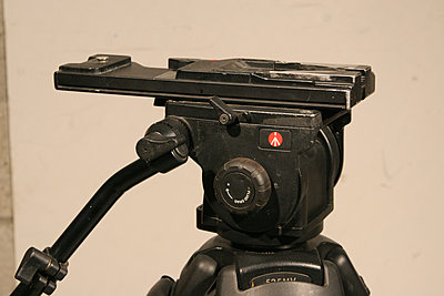 Private Classifieds listings from 2013-manfrotto-516-tripod-03.jpg