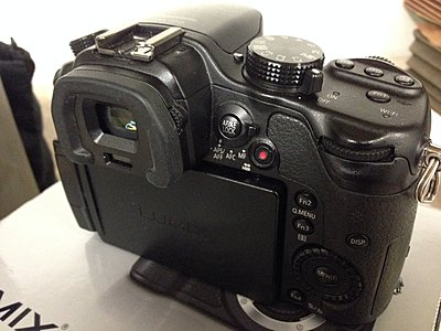 Private Classifieds listings from 2014-gh3-back.jpg