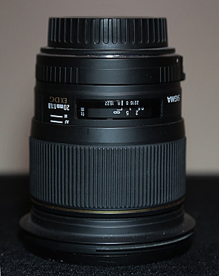 Private Classifieds listings from 2014-sigma-28mm.jpg