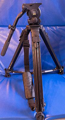 Vinten Vision 100 with Fibertec legs-vinten-vison-100-wtih-fibertech-mid-spreader.jpg