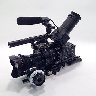 Sony NEX-FS700U with 4K Upgrade-fs700u-02.jpg