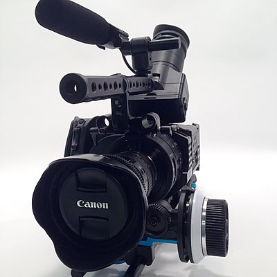 Private Classifieds listings from 2015-fs700u-04.jpg
