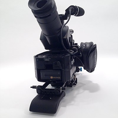 Private Classifieds listings from 2015-fs700u-05.jpg