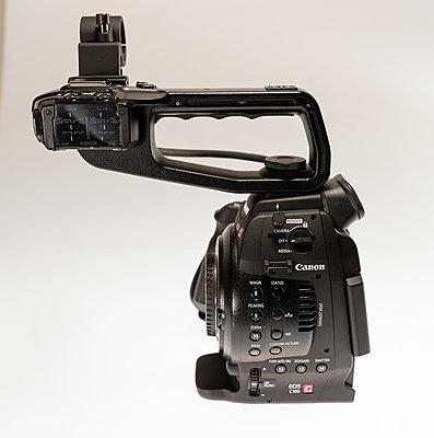 Canon C100 with Dual Pixel Autofocus Upgrade and Extras-c100-2.jpg