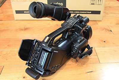 Sony PMW-EX3 in immaculate condition - BRAND NEW LENS - only 308 hours! - UK-ex3-3.jpg