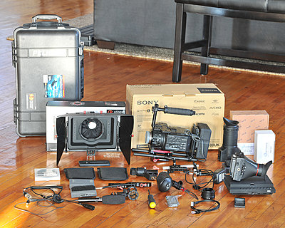 FS100 kit EVF, screen, Zacuto base and grip relocate....-rlb_3724.jpg