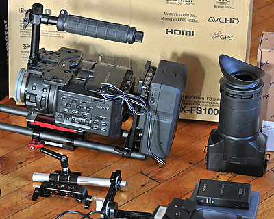 FS100 kit EVF, screen, Zacuto base and grip relocate....-rlb_3726.jpg