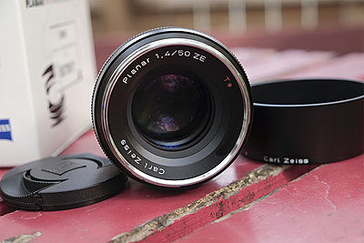 Zeiss for Canon f/1.4 50mm-zeiss50mmf14010.jpg