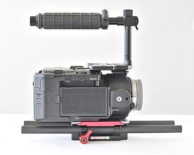 Sony FS100 kit, Berkey plate/handle and Zacuto base and carbon rods 00-rlb_3793.jpg