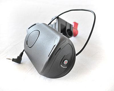 Sony FS100 kit, Berkey plate/handle and Zacuto base and carbon rods 00-rlb_3811.jpg
