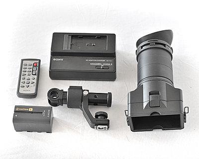Sony FS100 kit, Berkey plate/handle and Zacuto base and carbon rods 00-rlb_3821.jpg