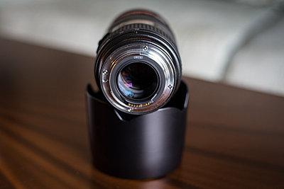 Canon 24-70mm f/2.8L USM Lens-03.jpg
