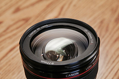 Canon 24-105mm F/4 IS �*As-Is-img_4697.jpg