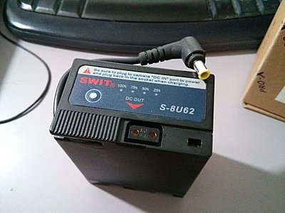 VANCOUVER FLASH SALE - 1 SWIT S-8U62 and 1 Switronix EX-L96UD BP-U Batteries-img_20150905_222649.jpg