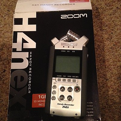 Zoom H4N Handy Portable Digital Recorder-img_0246.jpg