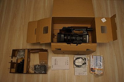Brand New Sony FDR-AX1, warranty-dsc01386.jpg