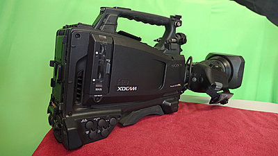 Sony PMW500 camera kit-500-side-right.jpg