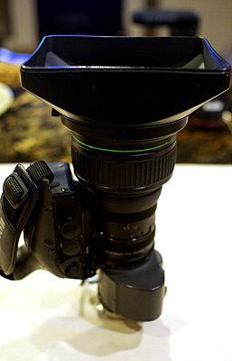 Canon J20ax8B4 IRS SX12 IF 20x BCTV Lens-p1030057.jpg