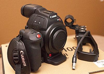 Canon C100 Mark II - only 86 hours-c100bodya.jpg