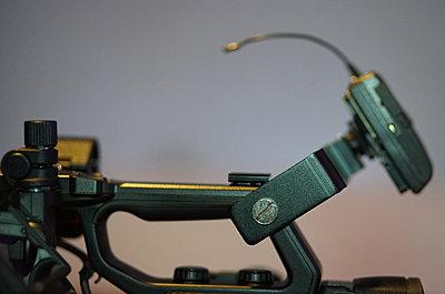 Pxw-fs5   wireless mic bracket-00d.jpg