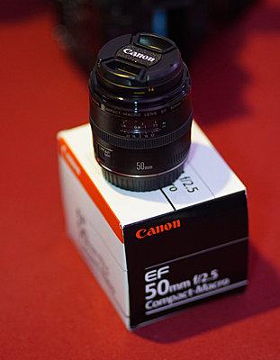 Canon EF 50mm f/2.5 Compact Macro Lens-0005ddd.jpg