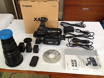 Canon XA20 camcorder-img_0790.jpg